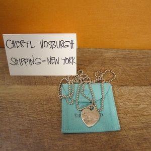 924 Heart tag pendant